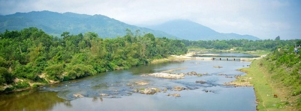 """Đến """"xứ Tiên"""" đắm mình trong dòng sông chảy ngược"""