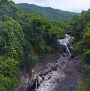 Thác Hố Giang Thơm địa điểm dã ngoại tuyệt vời tại Núi Thành